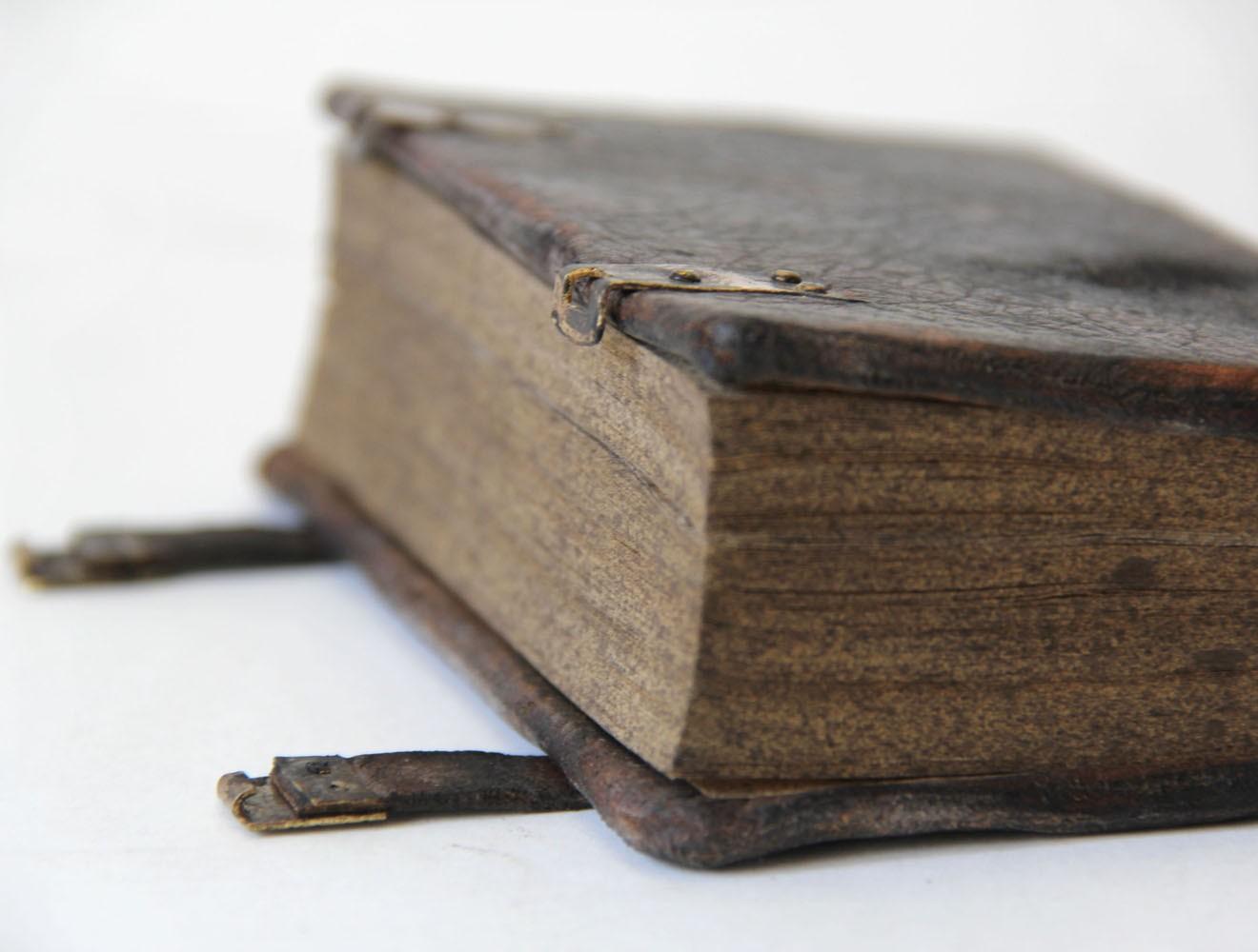 Replik // Sorbisches Testament / Buchbeschläge